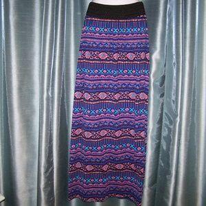 Joe B EUC Maxi Skirt with Elastic Waist Size L